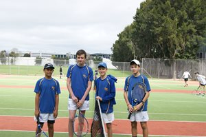 Tennis-junior-team-photo